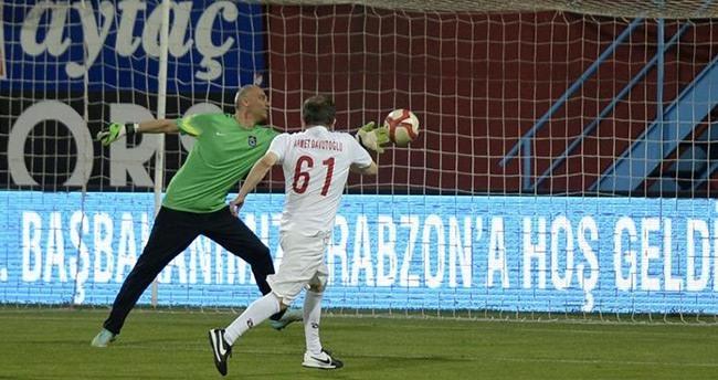 Ahmet Davutoğlu'ndan sürpriz maç