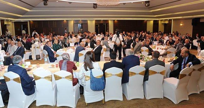 Ak Parti Konya ailesi istişare toplantısında bir araya geldi