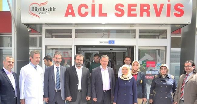 Ak Parti Konya Milletvekili adayı Erdoğan'dan hastanelere ziyaret