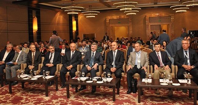 """"""" Avrasya Siyaseti ve Toplumu """" konferansı Konya'da başladı"""