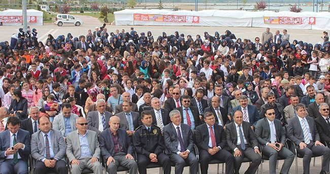 """Beyşehir'de """"Beyşehir Göl Kitap Fuarı """" açılışı"""