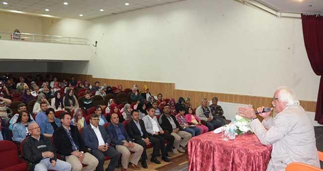 """Beyşehir'de """"Fatihler Yetiştirmek"""" konferansı"""
