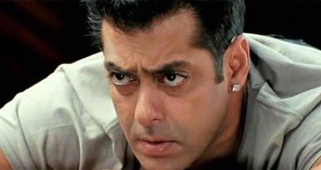 Bollywood'un ünlü aktörü Salman Khan'a hapis cezası