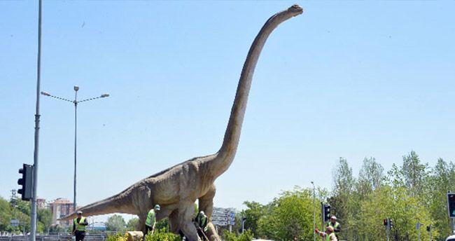 Bu da Gökçek'in 'Dinocan'ı