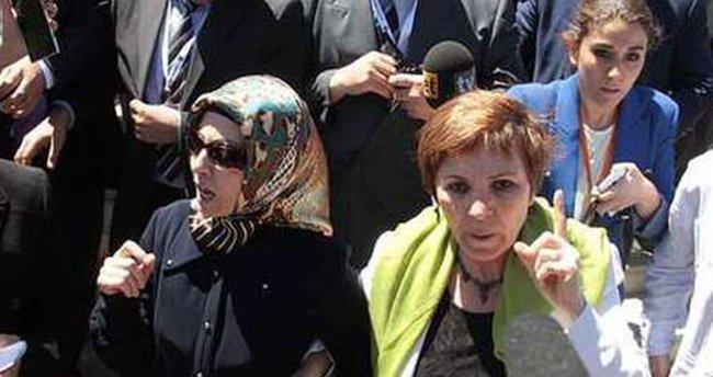 Evren'in cenazesindeki o kadın bakın kim çıktı!