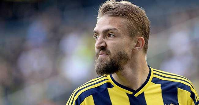 Fenerbahçeli futbolcu Caner Erkin ameliyat edildi