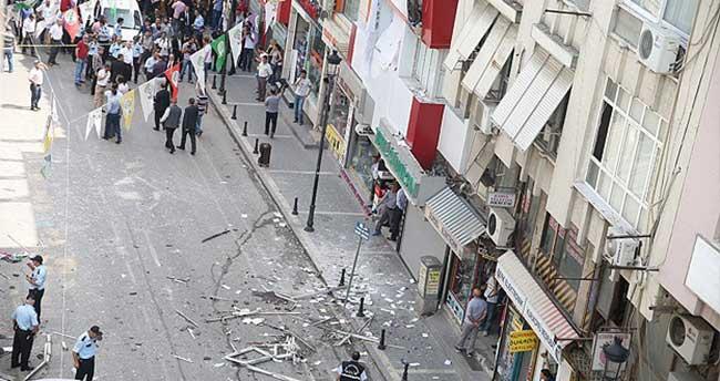 HDP'nin Mersin ve Seyhan binalarında patlama