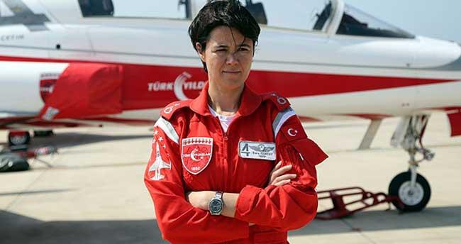 İlk kadın 'Türk Yıldızı'
