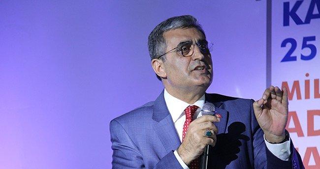 """""""İstanbul'un Fethi Ortaçağ Zihniyetine vurulan darbedir"""""""