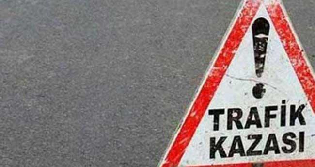 İzmir'de trafik kazası: 16 yaralı