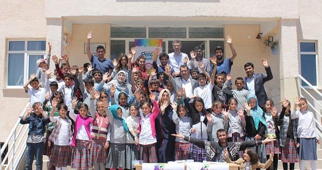 Karaman'da köy okullarına kitap desteği
