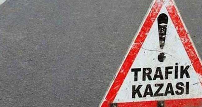 Kırşehir'de iki otomobil çarpıştı: 6 yaralı