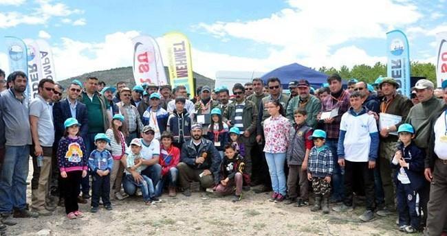 Konya'da baraj gölünde 1.levrek balığı yakalama yarışması yapıldı