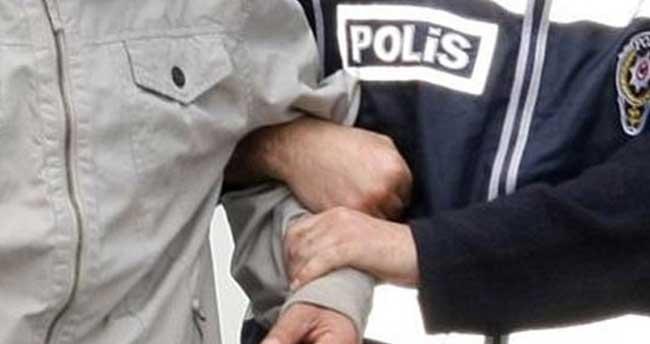 Konya'da camiden ayakkabı hırsızlığı güvenlik kamerasında