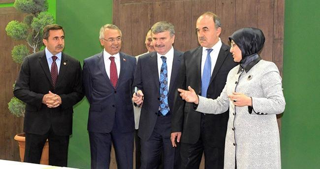 Meram Belediyesi'nin standına yoğun ilgi