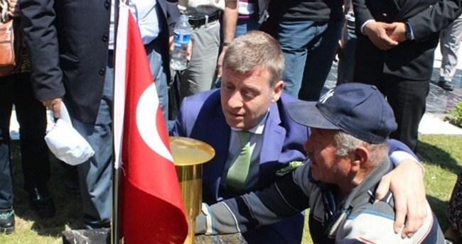 Metin Şentürk de Soma Şehitliğinde