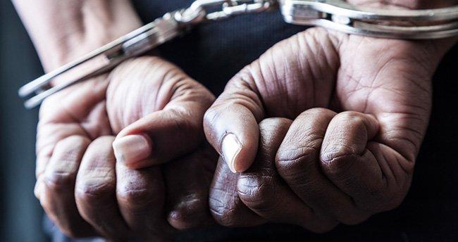 Polise hakarete 6 ay ceza