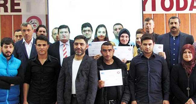 Sorgun'da girişimcilik eğitimi kursiyerlerine sertifikaları verildi