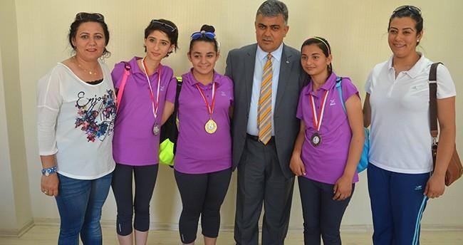 Sporculardan Başkan Özgüven'e ziyaret
