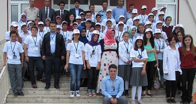 Ahırlı'da Tübitak Bilim Fuarı Projeleri Sergilendi