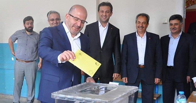 AK Parti Milletvekili Baloğlu Oyunu Kullandı