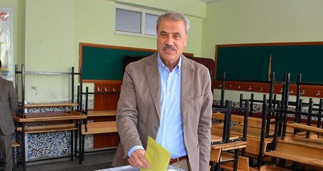 ak-parti-vekil-adaylari-oylarini-kullandi-4