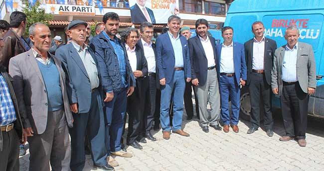 Ak Partili Aday Ömer Ünal Derbent ilçesini ziyaret etti