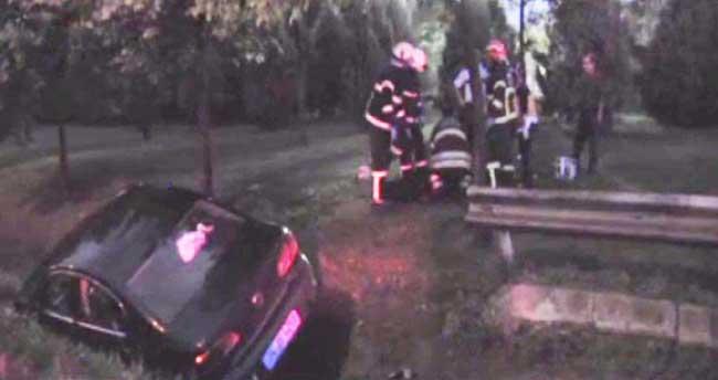 Annesini seyir halindeki otomobilde öldürdüğü iddiası