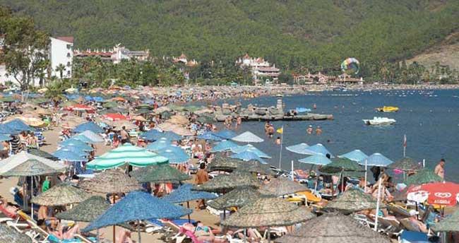 Antalya'ya gelen turist sayısı 3 milyona yaklaştı