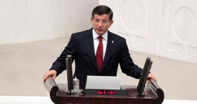 Başbakan Davutoğlu yemin etti