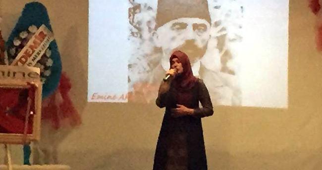 Beyşehir'de Lise Öğrencilerinden Şiir Dinletisi Etkinliği