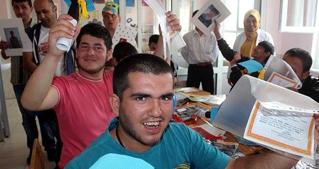 Beyşehir'de Özel Öğrencilere Özel Karne
