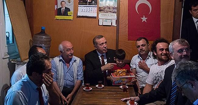 Cumhurbaşkanı Erdoğan'dan taksicilere ziyaret