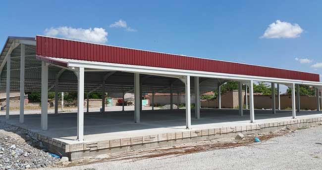 Çumra'da Pazaryeri ve halı saha spor tesisi tamamlandı