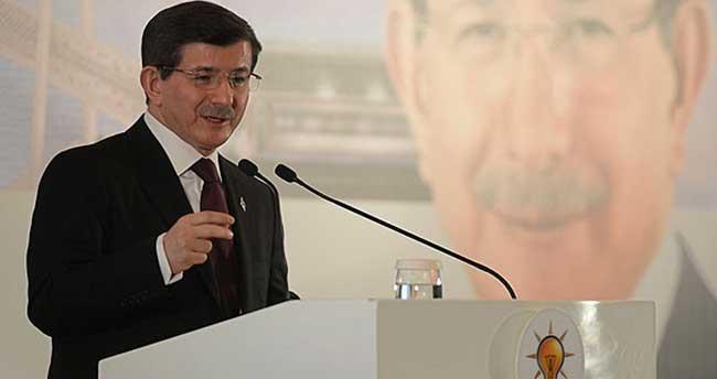 Davutoğlu milletvekilleriyle istişare toplantısı yaptı