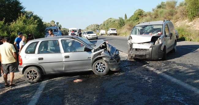 Didim'de trafik kazası: 1 ölü, 2 yaralı