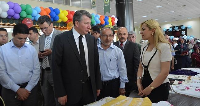 Ereğli Belediyesi Halk Eğitim Sergisine Kapılarını Açtı
