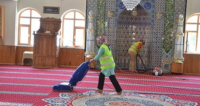 Ereğli'de Camiler Temizleniyor