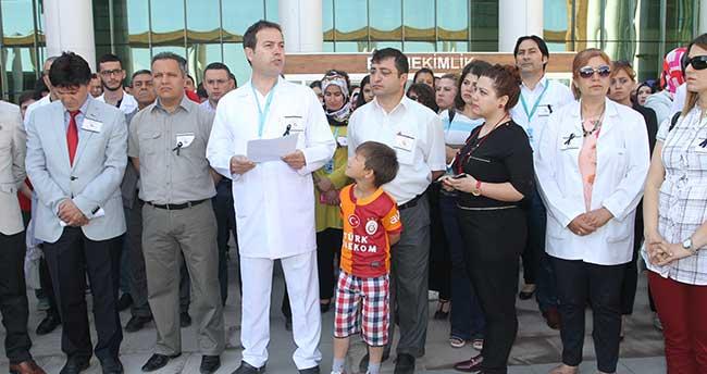 Konya'da doktorlardan iş bırakma eylemi