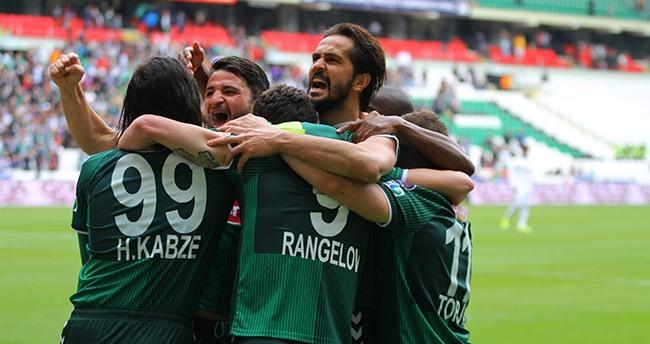 Konyaspor'da 3. Forvet Kim Olacak ?