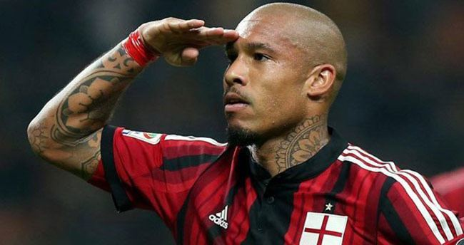 Melo'nun alternatifi Nigel de Jong
