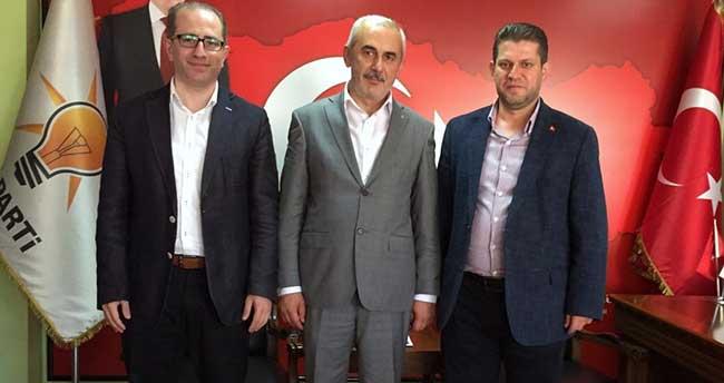 Meram Belediyesi Meclis üyesi Dinçer Ak Parti'ye katıldı