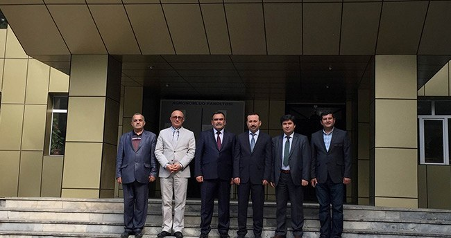 rektor-gokbel-azerbaycandaki-universiteleri-ziyaret-etti-2