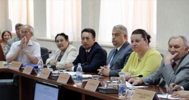 Rektör Şeker Tataristan'a çıkarma yaptı