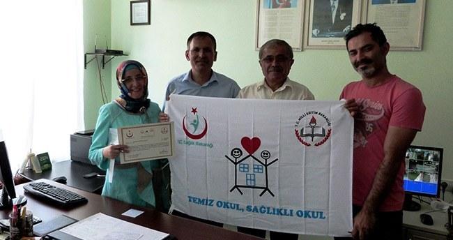 """Seydişehir'de 9 okul """"Beyaz Bayrak"""" aldı"""
