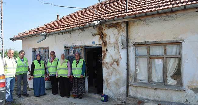 Seydişehir'de yaşlıların evleri temizleniyor