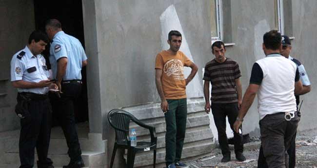 Sürpriz ziyarete gelen çocuklar, babalarının ölüsüyle karşılaştı