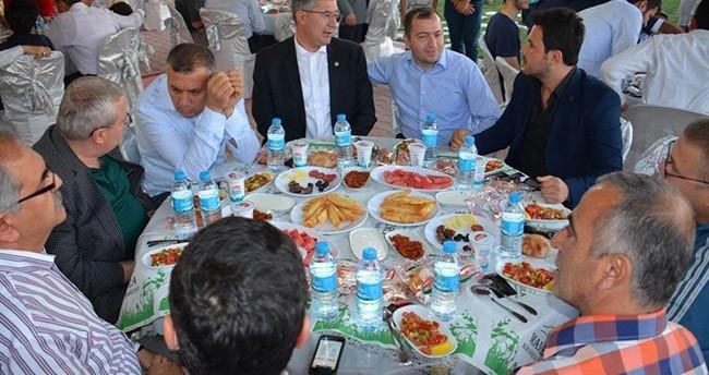 AK Parti Konya İl Teşkilatı İftar Yemeğinde Buluştu