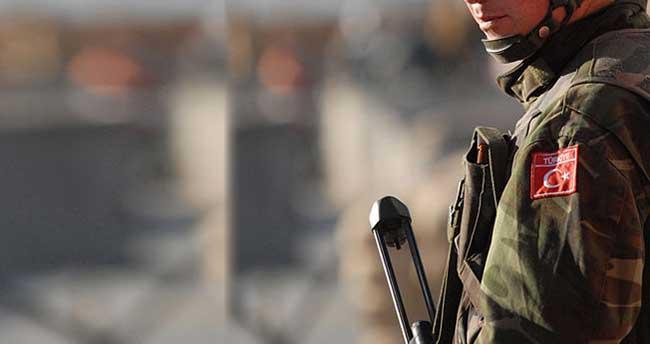 Askere roketli saldırı: 2 yaralı