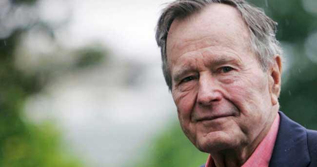 'Baba Bush' boynunu kırdı